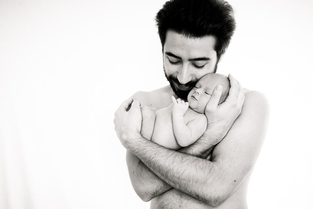 Babyfotograf Dresden, Neugeborenenfotografin Sachsen, emotionale Babyfotos
